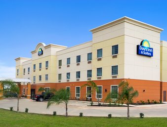 Days Inn - Auburn & Suites